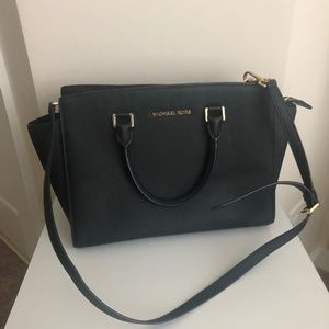 MICHAEL KORS Black Selma Satchell Bag Leather EUC